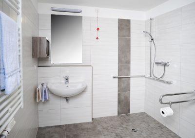 Eigenes Bad in jedem Bewohnerzimmer