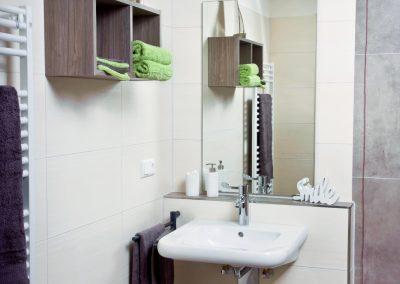 Badezimmer in jedem Bewohnerzimmer